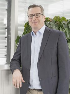 Sven Engelmann, Produktbereichsleiter und Leiter Verpackungstechnologie bei Illig. (Foto: Illig)