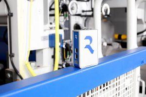 Mit dem IoT-Gateway lässt sich die Fertigung an digitale Softwarelösungen anbinden. (Foto: Reifenhäuser)