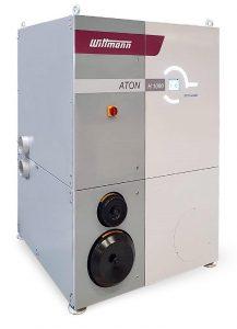 Der neue frequenzgeregelte Aton H1000 Batterietrockner von Wittmann ist der erste Segmentrad-Trockner für Zentralanlagen. (Foto: Wittmann)
