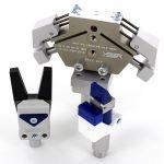 PTFE-beschichtete Greifzange und Nadelgreifer sowie Anschlagstücke mit EP-Beschichtung für abdruckarmes Greifen. (Foto: ASS)