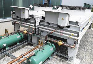 Dank EC-Ventilatoren sind die Kondensatoren besonders leise und effizient. (Foto: Reisner)