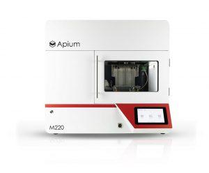 Der speziell für Medizinprodukte konzipierte 3D-Drucker Apium M220 kommt jetzt in einer klinischen Studie zum Einsatz. (Foto: Apium)
