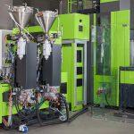 Die Lösung für die In-situ-Polymerisation zur Produktion von faserverstärkten thermoplastischen Kunststoffbauteilen zeichnet sich durch eine besonders kompakte Anlagentechnik aus. (Foto: Engel)