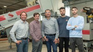 v.l.: Christian Lovranich (Starlinger), Stefan Merk (Calex), Gheorghe Campan mit seinen Söhnen Alexander und Andreas. (Foto: Starlinger)
