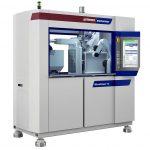 Auf der MicroPower 15/10 wird die Herstellung von Mikro-Lagergehäusen aus POM demonstriert. (Foto: Wittmann)