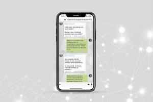 Die App MyMessenger ermöglicht die Kommunikation des Anlagenpersonals untereinander und mit Dieffenbacher in unterschiedlichen Sprachen. (Abb.: Dieffenbacher)