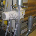 Die Folienschneider – hier im Bild ein FS 200 – sind so konzipiert, dass sie sich spannungsfrei mit zwei Kompensatoren direkt in die Rohrleitung einer Absauganlage einbauen lassen. (Foto: Getecha)