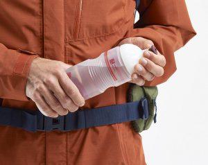 """Das Weichventil der Fahrradflasche """"Bike Bottle Organic"""" wurde mit einem biobasierten TPE von Hexpol TPE realisiert. (Foto: Vaude)"""