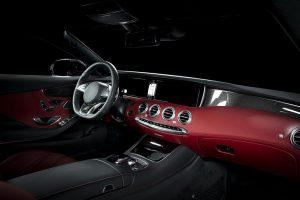 Zu den Anwendungsbereichen gehören sichtbare Oberflächen im Automobilinnenraum. (Foto: Asahi Kasai)