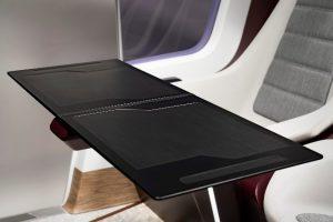 Das modulare Tischsystem nutzt endlosfaserverstärkte thermoplastische Composites mit Polycarbonat-Matrix. (Foto: Covestro)