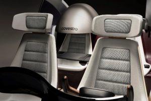 Der sogenannte PrivacyDome unter Verwendung von PUR schützt den Passagier vor Lärm und Störgeräuschen. (Foto: Covestro)