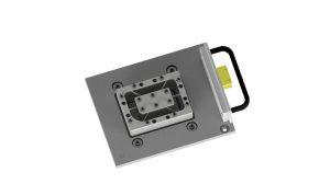 Das Dual Clamping Device lässt sich einfach installieren. Die Konstruktion mit den feinen, aber robusten Haltestegen kann über tausende Anwendungszyklen eingesetzt bleiben. (Foto: LPKF)