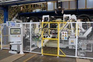 Die vollelektrische Schließeinheit ermöglicht einen schnelleren Schließkraftaufbau und verbessert die Verfahrgeschwindigkeit erheblich. (Foto: Baumüller)