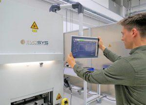 Die neue HMI soll dazu beitragen, die Effizienz beim Laserschweißen von Kunststoffen zu erhöhen. (Foto: Evosys)