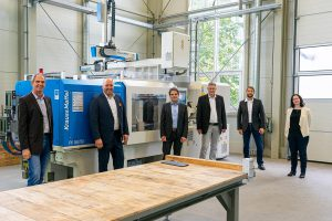 v.l.: Prof. Dr. Martin Bastian (SKZ), Frank Burkhardt (KraussMaffei), Martin Würtele (KraussMaffei), Georg Schwalme (SKZ), Christian Deubel (SKZ), Anika Fuhrmann (SKZ). (Foto: SKZ)