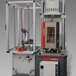 Prüfmaschine LTM-2 zur Charakterisierung von Gummimischungen. (Foto: ZwickRoell)