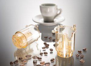 Der Haushaltsgerätehersteller DeLonghi setzt PESU der BASF für die Brüheinheit seiner neuen Kaffeemaschine ein. (Foto: BASF)