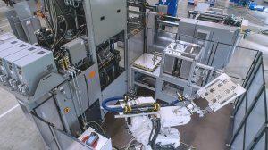Vollautomatische Produktionszelle inkl. individueller Teilemarkierung mittels Laser. (Foto: Maplan)