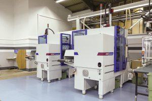 Die Spritzgießmaschinen SmartPower 60 und SmartPower 90 sind als Insider-Zellen ausgeführt. (Foto: Wittmann Battenfeld)