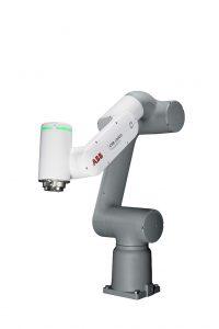 Der kollaborative Roboter GoFa CRB 15000 verfügt über intelligente Sensoren in allen Gelenken. (Foto: ABB)