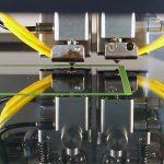 Der 3D-Drucker fertigt aus recyceltem Kunststoff einen neuen Gegenstand. (Foto: IPH)