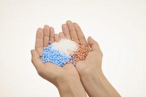 Expandierte Polypropylen-Partikel lassen sich jetzt effektiver herstellen. (Foto: Sulzer Chemtech)