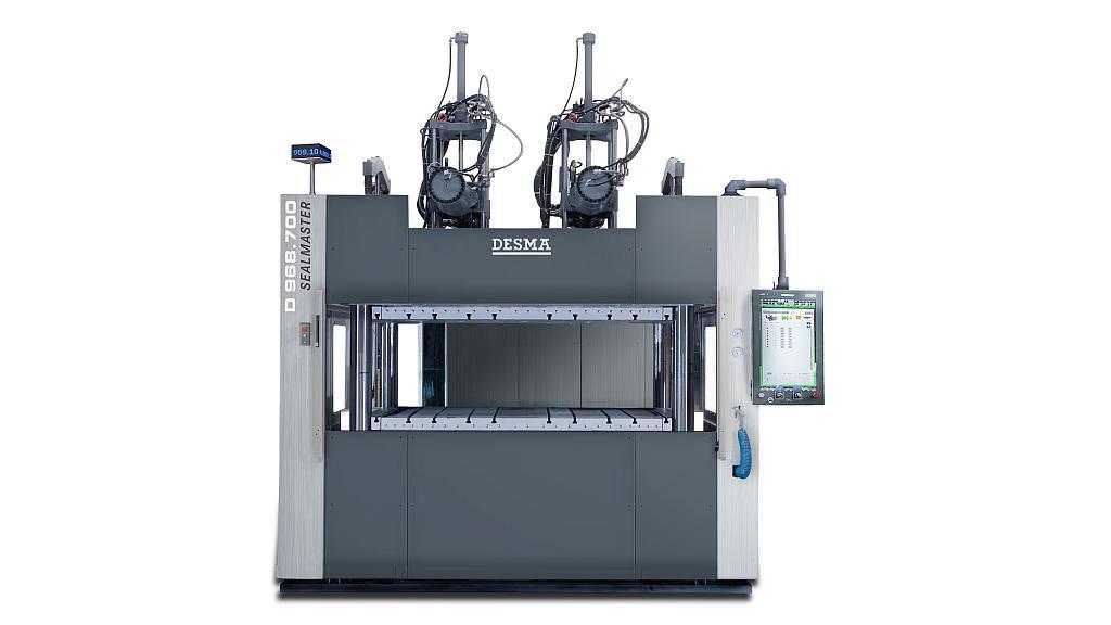 Auf der vertikalen Desma 968.700 Sealmaster werden Spezialdichtungen für PKW-Batteriegehäuse produziert. (Foto: Desma)