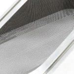 Der 3D-gedruckte Werkzeugeinsatz. Gut zu erkennen sind die vielen kleinen Düsen. (Foto: Hofmann)