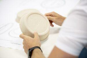 Das Zentrum dient auch für Musterfertigungen von Fiberverpackungen. (Foto: Kiefel)