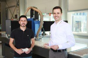 Cemal Ünalan (l.), Produktionsleiter bei Perpedes, und Stefano Barbagallo (r.), Sales Director Europe bei Hufschmied. (Foto: Hufschmied)