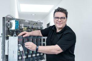 MC Control setzt bei der Temperatur-Regelung auf den Thypo-Leistungssteller von Meusburger. (Foto: Meusburger)