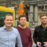 v. l.: Waldemar Bauch, Leiter Produktion Verschlüsse, Heiko Klöber, Konstruktion/Arbeitsvorbereitung, und Ronald Dietz, Innovation Manager, von Bergi-Plast. (Foto: Bergi-Plast)