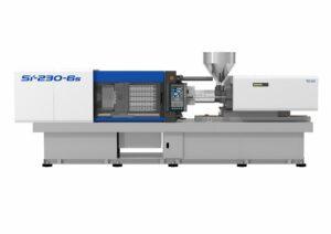 Auf einer Toyo-Spritzgießmaschine Si-230-6s mit 2.300 kN Schließkraft wird die Gießkanne von 1,8 mm Grundwandstärke auf über 3 mm Wandstärke spritzgeschäumt. Dieses Verfahren ist bei Toyo standardmäßig und ohne Aufpreis in der Maschinenausstattung enthalten. (Foto: Deckerform)