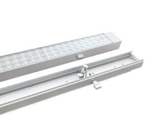 Die LED-Leuchten des Click2Fix-Systems werden einfach in die bisherigen Tragschienen eingeclickt. (Foto: LED Technics Germany)