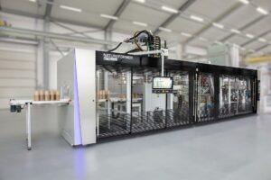 Kiefel bietet Maschinenlösungen zur Herstellung von Naturfaserverpackungen, wie hier den Natureformer KFT 90 Speed. (Foto: Kiefel)