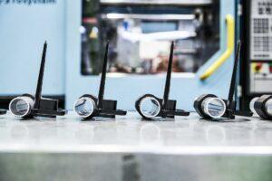 Die in Hohlprofil-Hybridtechnik gefertigten Demonstratorbauteile zeigen eine hohe Torsionsfestigkeit und -steifigkeit. (Foto: Lanxess)