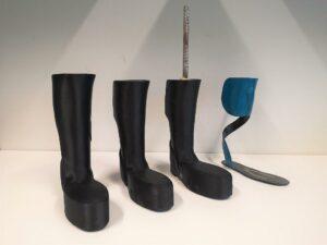 CFRP-Orthese auf Basis 3D-gedruckter Formen – eine Alternative zu duroplastischen PU-Formschäumen. (Foto: Lehvoss)