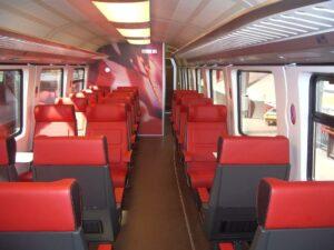 Verkleidung von Bahnsitzen mit senosan C60FR-5. (Foto: Senoplast)