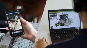 Online-Support mittels Videotelefonie: Ein Smartphone und eine Internetverbindung reichen aus. Wahlweise kann der Maschinenbediener oder Instandhalter vor Ort an der Maschine auch ein Tablet oder eine AR-Brille nutzen. (Foto: Engel)