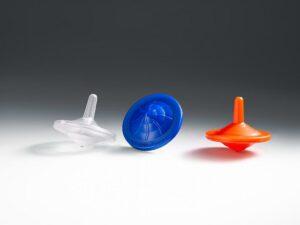 Die werden in attraktiven Fluoreszenzfarben wie Rot, Gelb, Grün und Blau angeboten. (Foto: Arburg)