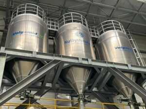 KuibyshevAzot produziert über das Tochterunternehmen STFG Filamente am deutschen Standort Rudolstadt. (Foto: WIS Kunststoffe)